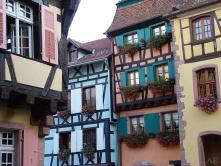 maisons a colombages colorées de Riquewihr
